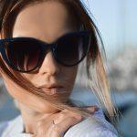 Come scegliere i migliori occhiali da sole in base a forma viso, taglio capelli e carnagione